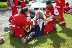 The Bulgarian team is presented with dignity in the First Aid Convention in Europe 2009