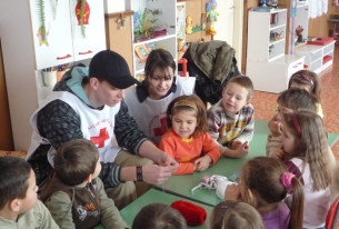 Bulgarian Red Cross Youth has launched new program to support children and youngsters